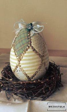Faberge Eggs, Easter Eggs, Christmas Decorations, Decoupage, Diy, Crafts, Inspiration, Shiva, Cookies
