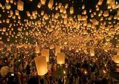 Sky Lantern Festival - Thailand