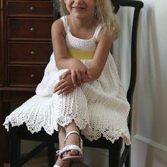 CROCHET FOR KIDS PATTERNS | CROCHET.for.kids / Cali's Flower Girl Dress {pattern via Ravelry}