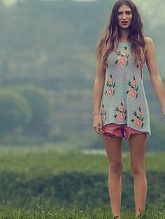 Blossoms Squared Sweater Tunic  http://www.freepeople.com/what-s-new-abbey-road/blossoms-squared-sweater-tunic/