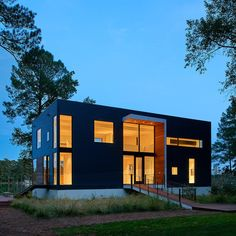 House on Solitude Creek by Robert Gurney Architects
