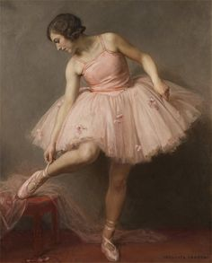 Ballerina - Auguste Leroux THIS is what a tutu should look like!