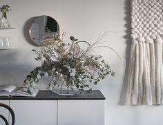 Marimekko  /  Puetaan koti osa II House Styles, Interior Design, Furniture, Home, Interior, Marimekko, Mirror, Home Decor