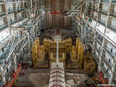 It has been more than two decades since those heavy sliding doors were open. - Photos Of Abandoned Soviet Space Shuttle Program  Best of Web Shrine
