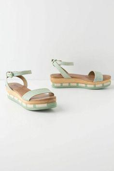chaussures d'été femme en bleu clair, sandales femme design en bleu clair