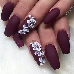 Nails 27 Elegant and Hip Designs for Matte Nail Polish We have compiled a picture gallery of our favorite ideas for matte nail polish that we know you'll love! Matte nails are totally trendy and stunning! Classy Nails, Stylish Nails, Trendy Nails, Simple Nails, Basic Nails, Sunflower Nail Art, Colorful Nail Art, Nailart, Best Nail Art Designs