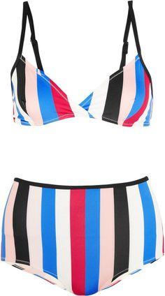 Pin for Later: Coole Bademode für alle, die sich mit etwas mehr Stoff am Körper wohler fühlen  The Belle and Bridget gestreifter Triangel-Bikini (155 €)