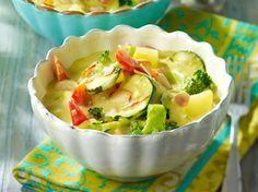 Unser beliebtes Rezept für Gemüse-Curry mit Kokosmilch und mehr als 55.000 weitere kostenlose Rezepte auf LECKER.de.
