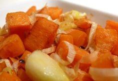 Hagymával sült édesburgonya recept képpel. Hozzávalók és az elkészítés részletes leírása. A hagymával sült édesburgonya elkészítési ideje: 28 perc Pcos, Fruit Salad, Sweet Potato, Cantaloupe, Vegan Recipes, Potatoes, Favorite Recipes, Fitness, Fruit Salads