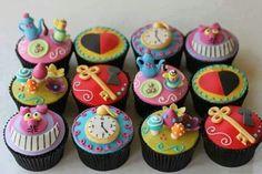 Alice im Wunderland Cup Cakes - Ich brauche das Rezept!