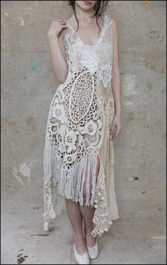 54 Boho Street Style Looks To Not Miss Today - Luxe Fashion New Trends - Fashion for JoJo Boho Chic, Shabby Chic, Vintage Dresses, Vintage Outfits, Bohemian Style Clothing, Crochet Lace Dress, Mode Boho, Magnolia Pearl, Romantic Outfit