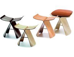 yanagi butterfly stool Charlotte Perriand, Minimalist Interior, Minimalist Home, Eames, Ergonomic Kneeling Chair, Love Chair, Vanity Stool, Wood Design, Designer