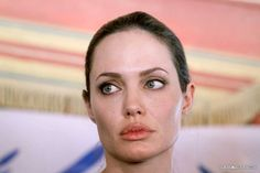 Angelina Jolie Makeup, Brad And Angelina, Photo Reference, Celebs, Celebrities, True Beauty, Most Beautiful Women, Cool Photos, Diva