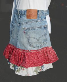 what a cute idea for a little girl. made out of an old pair of her dad's jeans.
