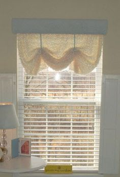 Thrifty Decor Chick: The easiest window treatments. Ever. Period.