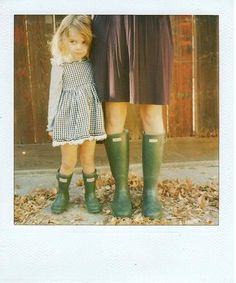 Mommy and Me Hunter Wellies - too cute! Little People, Little Ones, Little Girls, Little Doll, Kid Styles, Mini Me, Mommy And Me, Kind Mode, Belle Photo