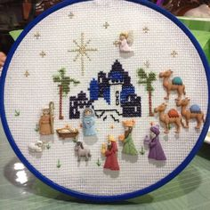 Pin en Nativity crafts for Christmas Christmas Sewing, Christmas Embroidery, Christmas Love, Christmas Cross, Nativity Crafts, Christmas Projects, Holiday Crafts, Nativity Sets, Cross Stitching