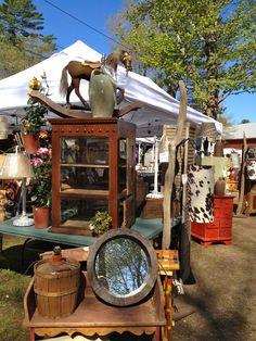 Antique & flea markets brimfield flea market, flea market displays и fl Brimfield Flea Market, Brimfield Antique Show, Antique Fairs, Antique Market, Vintage Market, Antique Stores, Vintage Shops, Flea Market Style, Flea Market Finds
