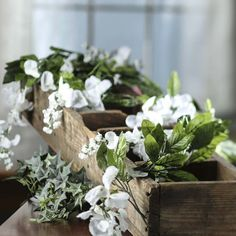 white rose garland to put over the headboard. I want to intertwine a crystal garland and pearl around it. Maybe even a white xmas light Crystal Garland, Rose Garland, Leaf Garland, Garland Wedding, Wedding Decorations, Wedding Props, Desi Wedding, Wedding 2017, Wedding Ideas