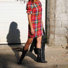 Vintage custom cowboy boots Custom Cowboy Boots, Cowboy Boots Women, Cowgirl Boots, Laura Ingalls, Piece Of Clothing, Unique Vintage, Short Sleeve Dresses, Punk, Shirt Dress