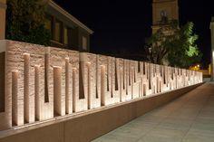 50 Ideas Wall Architecture Boundary For 2019 Facade Lighting, Fence Lighting, Lighting Ideas, Outdoor Lighting, Outdoor Decor, Tor Design, Gate Design, Modern Exterior, Exterior Design