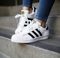 adidas, shoes, and superstar resmi Adidas Superstar, Adidas Shoes Women, Adidas Sneakers, Shoes Sneakers, Zapatillas Super Star, Cute Shoes, Me Too Shoes, Awesome Shoes, Airmax Thea