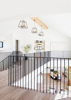 So crisp so clean clean! The modern lines of this railing against those white oak floors has us singing! Interior Stairs, Home Interior Design, Staircase Railings, Bannister, White Oak Floors, Railing Design, Railing Ideas, House Stairs, House Floor