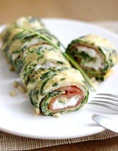 Spinazie omelet met zalm laat de kaas eruit en het is paleo. Lunch Snacks, Healthy Snacks, Healthy Recipes, Diet Recipes, I Love Food, Good Food, Yummy Food, Happy Foods, Food Inspiration