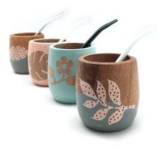 Pottery Painting, Painting On Wood, Painted Clay Pots, Hand Painted, Pots D'argile, Flower Pot Design, Posca, Diy Clay, Resin Crafts