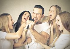 Karaoke Smart lanza su app para smartphones y laptops (http://www.tecnews.pe/karaoke-smart-lanza-su-app-para-smartphones-y-laptops/)