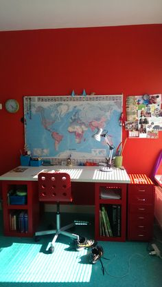 Jongens kamer - bureau