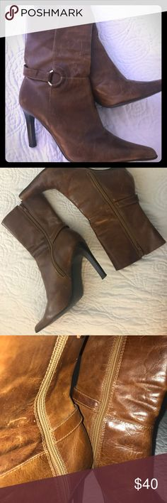 Steve Madden 8.5 Brown Boots Caramel Brown Steve Madden boots!! All Season Style with a beautiful circle clasp on the side! Made in Brazil! Steve Madden Shoes Ankle Boots & Booties
