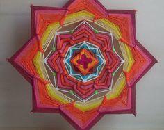 Svadhisthana - mandala tejido, ojo de dios, - la pared que cuelga, 26 cm (10 pulgadas) de diámetro