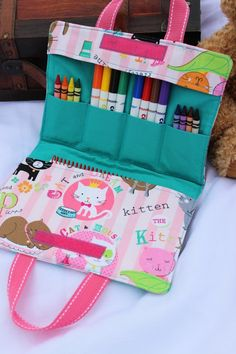 Super sewing projects for kids valentines idea - San Valentin Regalos Caja Sewing For Kids, Diy For Kids, Gifts For Kids, Sewing Toys, Sewing Crafts, Creation Couture, Sewing Projects For Beginners, Sewing Projects Kids, Valentines For Kids