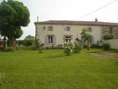 Stone house in the countryside with a beautiful garden of 3/4 of an acre and open views. 122,600 EUR