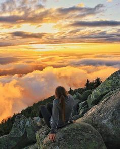 Adventure Aesthetic, Travel Aesthetic, Adventure Awaits, Adventure Travel, Beautiful World, Beautiful Places, Places To Travel, Places To Visit, Foto Pose
