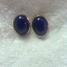 Cool item: Vintage blue gold tone earrings #28