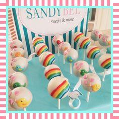 Wundervolle Regenbogen #cakepops by #sandybel #rainbow