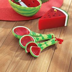 Watermelon Patch, Watermelon Decor, Watermelon Birthday, National Watermelon Day, Summer Kitchen, Pink Grapefruit, Birthday Balloons, Inventions, Fun Crafts