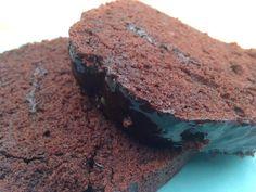 Σοκολατένιο κέικ με γλάσο !! ~ ΜΑΓΕΙΡΙΚΗ ΚΑΙ ΣΥΝΤΑΓΕΣ Cooking Recipes, Sweets, Desserts, Greek, Food, Tailgate Desserts, Deserts, Gummi Candy, Chef Recipes