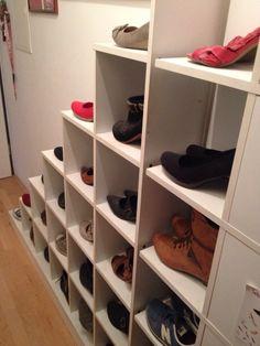 Schrank unter der treppe auf pinterest unter der treppe for Schuhschrank unter treppe