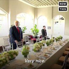 """xbox360 kyrie on Twitter: """"トランプ大統領「いいね。みんな良い写真撮ってるかい?素敵にハンサムで細く…完璧に見えるように撮ってくれよな?」 金正恩「……」  同時通訳冷や汗のギャグを飛ばす大統領。そして金正恩のこの表情。 https://t.co/ho6NWRkgNV"""""""