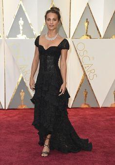 Alicia Vikander Louis Vuitton Oscars2017