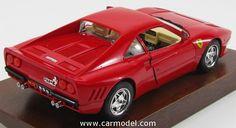 BURAGO 3527 1/18 FERRARI GTO 1984 - WOODEN BASE