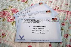 Bolas de Meia: A alegria cabe dentro de um envelope.