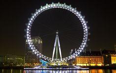 Vista nocturna del London Eye