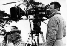 """1- Andrei Tarkovsky (1932-1986) [Unión Soviética]. """"No copies nunca a la naturaleza. El artista debe ser como el Creador mismo. Él mismo debe crearlo todo"""".  El director soviético ha sabido explotar como ningún otro director, las posibilidades artísticas únicas que encierra el séptimo arte.  Películas: 1- Stalker.  2- Sacrificio.  3- Andréi Rublev.  4- Nostalgia.  5- El Espejo."""
