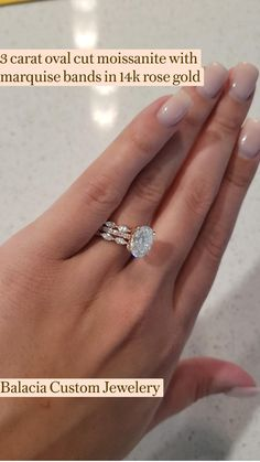 Diamond Wedding Ring Sets, Oval Wedding Rings, Pretty Wedding Rings, Stacked Wedding Bands, Classic Wedding Rings, Stackable Wedding Bands, Custom Wedding Rings, Cute Engagement Rings, Moissanite Engagement Rings