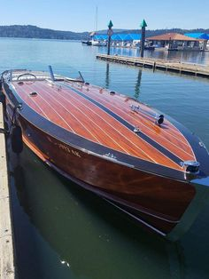 Breezing By : Photo Chris Craft Wooden Boats, Classic Wooden Boats, Vintage Boats, Float Your Boat, Cool Boats, Boat Stuff, Speed Boats, Water Crafts, Wood Art