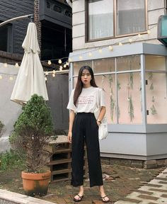 67 Ideas Womens Fashion Casual Spring Cute Outfits Street Styles For 2019 Korean Fashion Trends, Korea Fashion, Asian Fashion, Girl Fashion, Fashion Outfits, Fashion Tips, Fashion Design, Womens Fashion, Fashion Spring